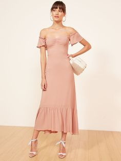 Reformation Pink Butterfly Ruffle Feminine Bridesmaid/Mob Dress Size 4 (S) Mob Dresses, Bridesmaid Dresses, Pink Bridesmaids, Pink Dresses, Elegant Dresses, Beautiful Dresses, Pretty Dresses, Poppy Dress, Trumpet Skirt