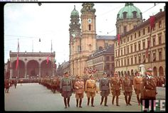 fuehrer3345:  Wartime commemoration of the hitler putsch with Himmler and members of the SA, NSDAP and others at the Odeonsplatz in Munich