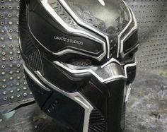 Pre-Order de Arkham casco de caballero por UratzStudios en Etsy