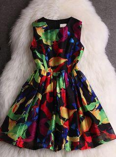 Slim round neck sleeveless dress