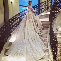 """••••••••••••••••••••••••••••••••••••••••••••••••••••••••••• Wedding dress : Zuhair murad @zuhairmuradofficial. Hair dresser : Mohamad Tarhini…"""