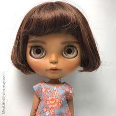 Un preferito personale dal mio negozio Etsy https://www.etsy.com/it/listing/601109069/ooak-custom-blythe-doll-fake-nicole