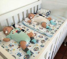 Cute Baby Twins, Twin Baby Boys, Cute Little Baby, Baby Boy Rooms, Twin Babies, Pretty Baby, Baby Boy Newborn, Baby Kids, Twin Baby Photos