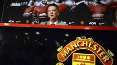 Hogyan is néz ki, amikor egy filozófiát, egy víziót éves tervvé kell átdolgozni. Van Gaal első éve a Manchester Unitednél jól mutatja ezt.