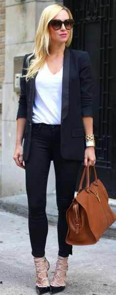Street style (but not those shoes with that outfit)