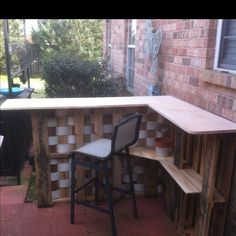 Pallet bar. Very easy to make! - made by our friend David :)