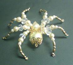 ``Shawkl``: Beaded Spiders