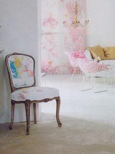 Chair with colour. ( Elle interiör, nr 10, 2008)
