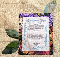 Stitchin' Therapy: Label your quilts  Debbie has some great ideas. check out the book-style label!