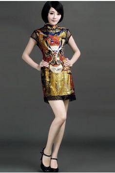PEKING OPERA. CHARM FACEBOOK SILK CHEONGSAM DRESS $398   #cheongsam #fashion #green #Opera