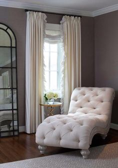 The mark of a masterful interior decorator can often be seen in the subtle conjoining of traditional styles with modern nuances. Kate Arends' from Wit and Delight, incredible and beautifully decored... >>> Want to know more? Click the pin #HomeDecoration