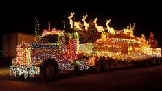 Semi Truck Covered In Christmas Lights. Christmas Light Displays, Decorating With Christmas Lights, Holiday Lights, Holiday Decorating, Xmas Lights, Holiday Fun, Favorite Holiday, Fairy Lights, Holiday Ideas