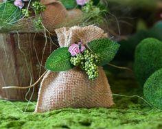 31 Trendy Ideas For Wedding Themes Enchanted Forest Woodland Party Woodland Party, Forest Party, Woodland Theme, Enchanted Forest Prom, Enchanted Forest Decorations, Enchanted Garden, Fairy Birthday Party, Garden Birthday, Fairy Party Favors