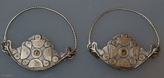 Pair of early Yomud earrings (from the Turkmen in Central Asia), made of silver and thin (probably worn) gilding. Silver Necklaces, Silver Earrings, Silver Jewelry, Ancient Jewelry, Antique Jewelry, Gold Wash, Tribal Jewelry, 925 Silver, Silver Ring