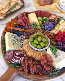 This one's a classic layout. Tutorial coming soon. In the meantime, if you could reach out and grab one item off this… Charcuterie Recipes, Charcuterie And Cheese Board, Cheese Boards, Party Food Platters, Good Food, Yummy Food, Appetisers, Snacks, Food Presentation