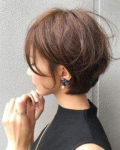 - Hair and nails - Cheveux Pretty Hairstyles, Bob Hairstyles, Simple Hairstyles, Easy Hairstyle, Winter Hairstyles, Medium Hair Styles, Curly Hair Styles, Great Hair, Hair Today