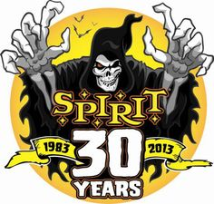 spirit halloween starts opening its 1000 specialty stores