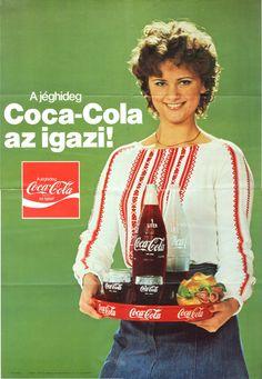 A jéghideg Coca-Cola az igazi! Hungarian Coca-Cola ad, via DEA Pepsi Ad, Coca Cola Poster, Coca Cola Ad, Always Coca Cola, World Of Coca Cola, Retro Advertising, Vintage Advertisements, Vintage Ads, Vintage Posters