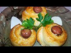 Trandafiri cu carnaciori Baked Potato, Potatoes, Baking, Ethnic Recipes, Food, Potato, Bakken, Essen, Meals