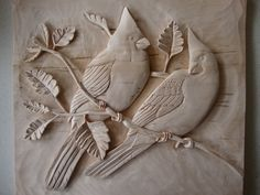 Cardinals out on a limb relief carving Wood Carving Designs, Wood Carving Art, Wood Art, Wood Sculpture, Wall Sculptures, Dremel Carving, Whittling Wood, Plaster Art, Intarsia Woodworking