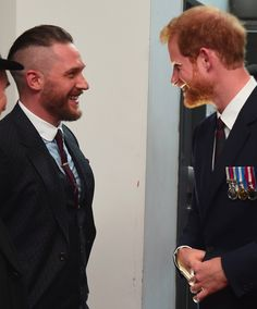 Not content with producing the gorgeous Tom Hardy on this day in in 1984 we met another adorable birthday boy, Tom Hardy Beard, Tom Hardy Actor, Tom Hardy Photos, New James Bond, Hollywood Men, Wife And Kids, Beard Care, Peaky Blinders, Most Beautiful Man