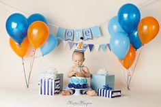 Martie Hampton Photography Frisco Texas one year old boy cake smash portraits pics ideas kids images pictures http://www.martiehamptonph…