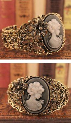 Victorian cuff