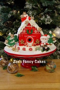 Christmas Gingerbread House - Cake by Zoe's Fancy Cakes