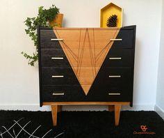 Commode vintage années 60 4 tiroirs en bois pyrogravée et peinte à la main / VENDU