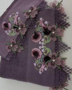 Fotoğraf açıklaması yok. Summer Dresses Sale, Casual Summer Dresses, Crochet Motifs, Edwardian Dress, Instagram Makeup, Needle Lace, Hand Embroidery Designs, Burlap Wreath, Machine Embroidery