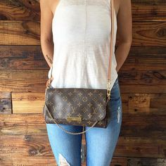 Just in.. Our FAVORITE Louis Vuitton bag! Call us at 813-258-8800 for additional…