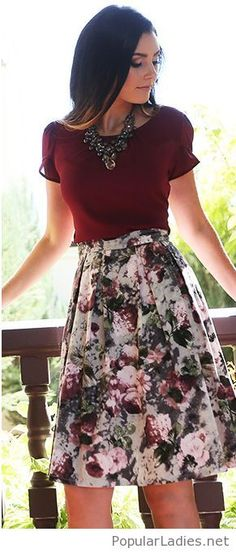 floral-skirt-burgundy-tee-and-a-necklace
