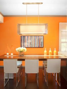 Go with a lighter shade of orange, such as apricot, if you want a more relaxing look. Designer Chip Wade used apricot to act as an appetite stimulant while balancing the right amount of relaxation and energy.