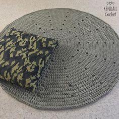 #cammo #kendallcrochet #crochet #knitting #crochetbasket #crochetrug #tshirtyarn