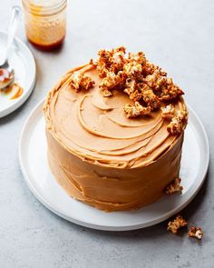 Chocolate stout cake with caramel buttercream. Make this chocolate caramel cake recipe for your next birthday party or celebration! Finish the cake with caramel popcorn to make it a real show-stopper dessert. This luscious caramel buttercream is smooth and creamy. #caramelbuttercream #caramelfrosting #chocolatestoutcake #chocoaltecaramelcake #birthdaycake #adultbirthdaycake #caramelpopcorn Caramel Buttercream, Buttercream Flower Cake, Buttercream Recipe, Chocolate Caramel Cake, Chocolate Flavors, Food Cakes, Cupcake Cakes, Cupcakes, Food Styling