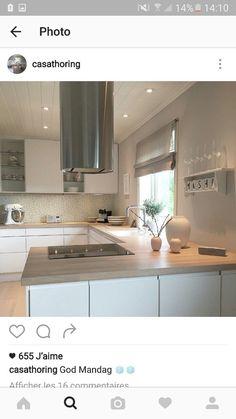 Home, Pretty Kitchen, Kitchen Peninsula, Kitchen Design, Kitchen Dining Room, Patio Design, House, Kitchen Interior, Kitchen Cabinets