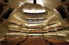 Guangzhou-Opera-house-018