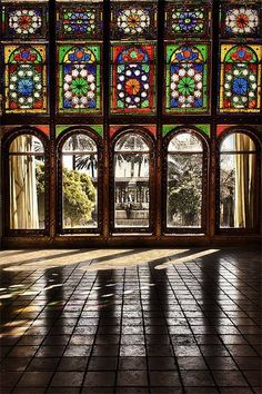 Iran - Colorful Persian Architecture Zinatol Moluk Historic House in Shiraz (by Erfan Shoara). Persian Architecture, Beautiful Architecture, Art And Architecture, Stained Glass Art, Stained Glass Windows, Shiraz Iran, Teheran, Art Du Monde, Iran Travel