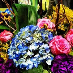 Serendipitous Events goal is to create astounding relationships between individuals and families through spectacular events. Florals, Relationship, Bright, Beach, Plants, Painting, Wedding, Art, Floral