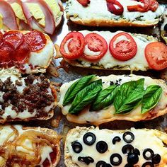 French Bread Pizzas- Pioneer Woman Can anyone say YUM??