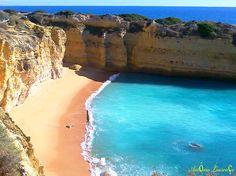 Entre Albufeira e a Praia da Galé - Albufeira - Algarve - Portugal.