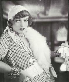 Joan Crawford as Sadie Thompson in Rain (Lewis Milestone, 1932)