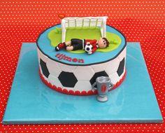 Soccer Soccer Birthday Cakes, Sweet 16 Birthday Cake, Boy Birthday, Soccer Cakes, Football Cakes, Top Soccer, Soccer Stuff, Fondant, Sport Cakes