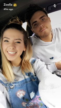 Loving the dungarees Zoella Style, Zoella Hair, Zoella Beauty, Sugg Life, Zoe Sugg, Vlog Squad, Joey Graceffa, Girl Online, Celebs