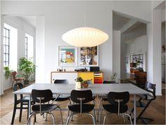 Oggi entriamo nella bellissima casa della fondatrice di Ferm Living, uno dei brand danesi che amo di più. Pronti?