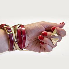 Браслет + кольцо = 12,6+15,74= $28,34     браслет, весна, кожа, красный, крестик, солнце, золото, кольцо, черный, подарок, заказать, купить Cuff Bracelets, Bangles, Watches, Rings, Jewelry, Products, Fashion, Bracelets, Moda
