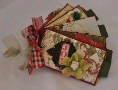 toilet paper journal | Toilet Paper rolls Christmas mini-album | TP Journals & Ideas