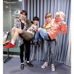 1st story: Taeyong hanya ingin Jaehyun duduk di pahanya, bukan sebali… #ceritapendek # Cerita pendek # amreading # books # wattpad