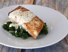 This delicious broiled halibut with an herb butter coating can be served with or without the tasty sherried crab sauce. Dill Recipes, Halibut Recipes, Sauce Recipes, Sauce For Halibut Recipe, Shellfish Recipes, Seafood Recipes, Dinner Recipes, Cooking Recipes, Mascarpone