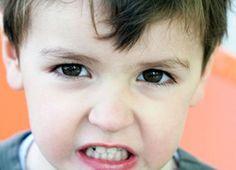 Mi hijo rechina los dientes